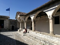 Senosios bažnytėlės kiemelyje