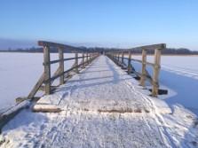 Širvėnos ežero tiltas žiemą